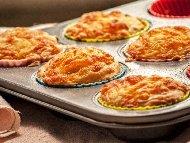 Солени мъфини със сирене и кашкавал